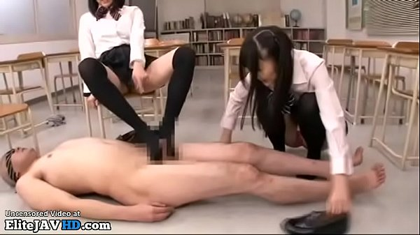 Asian feet, Japanese schoolgirls, Footjob