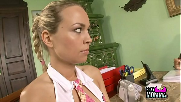 Young girl, Young daughter, Young mom, Mom suck, Mom daughter, Amateur facials