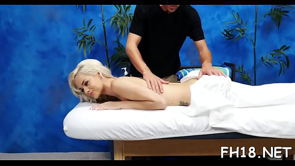 Massage room, Sloppy blowjob
