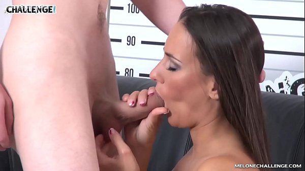Very young, Performance, Anal casting