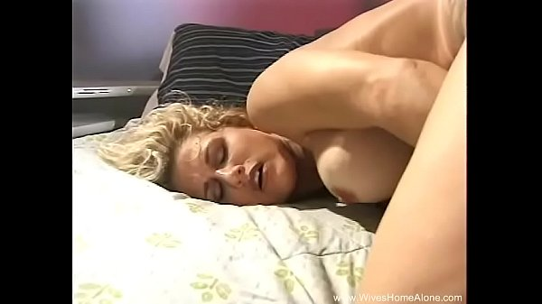 Wives, Hairy pussy solo